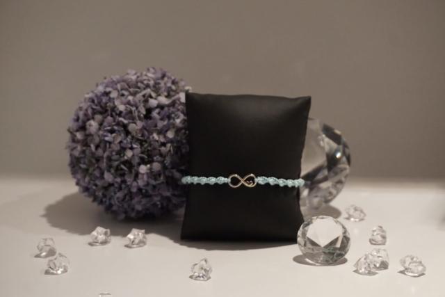 Armband Makramee Infinity mit Herz silber