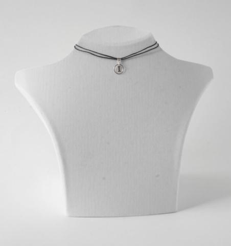 Buchstabenkette I Silber